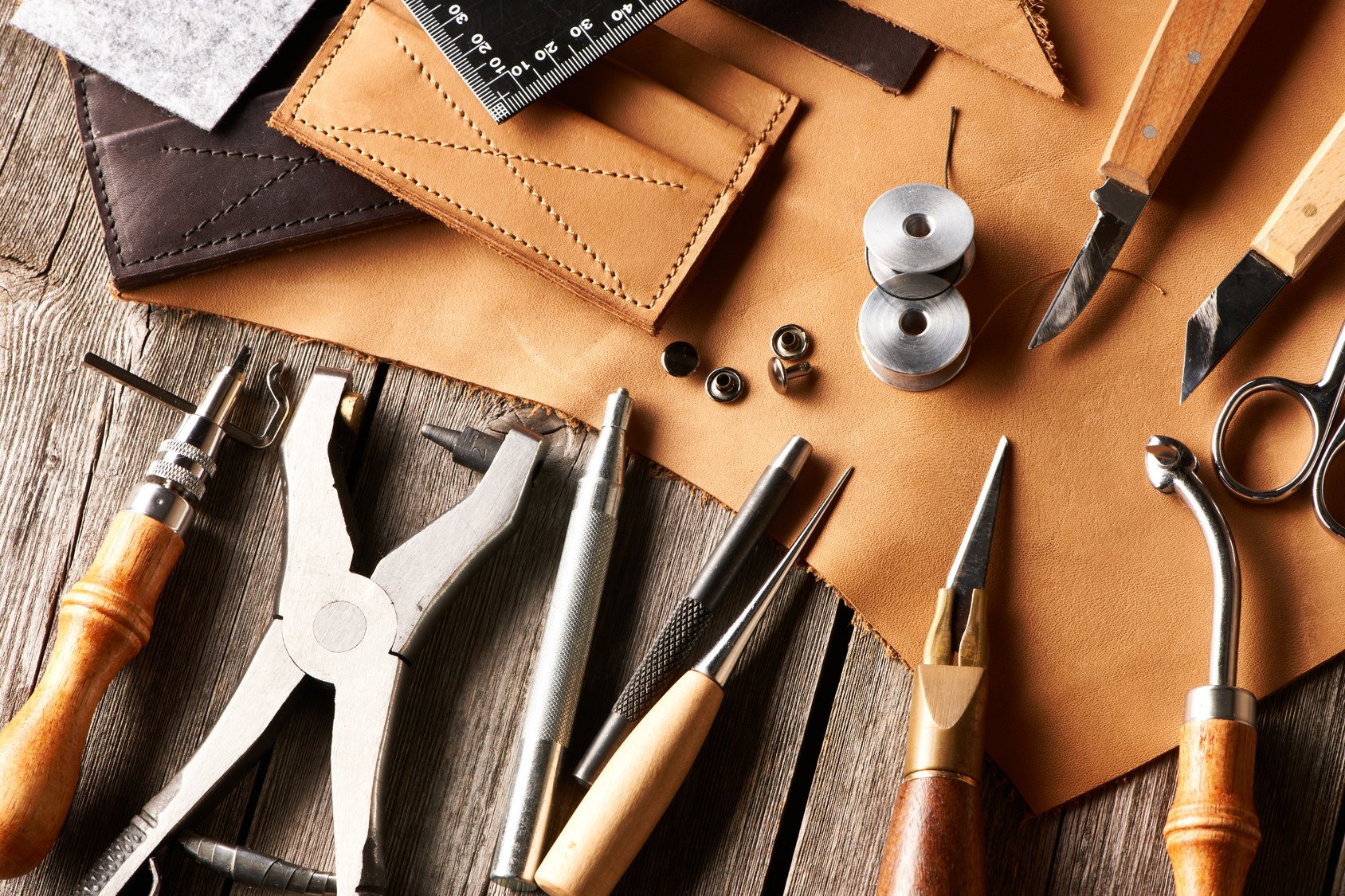 Leatherworkers use many tools for their trade... Moisture meters are an important part of their tool set.