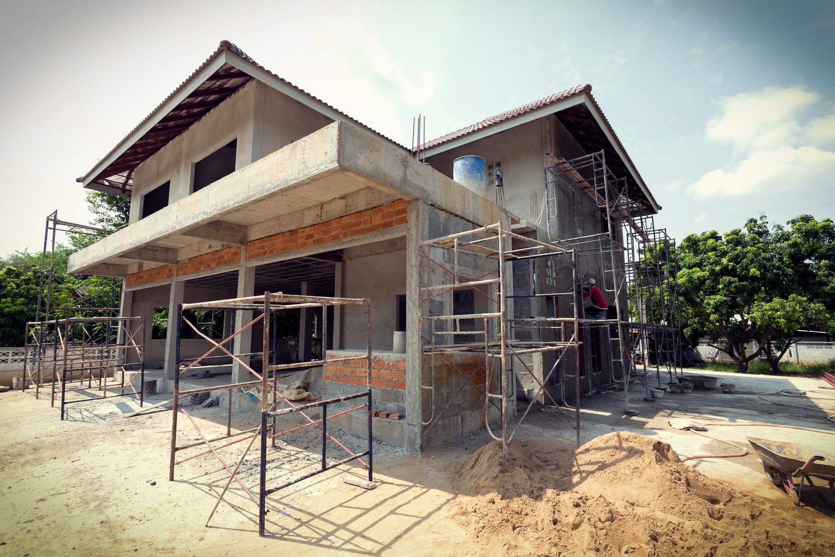 Buildings under construction are susceptible to a number of moisture-related problems, moisture meters help contractors limit risks.