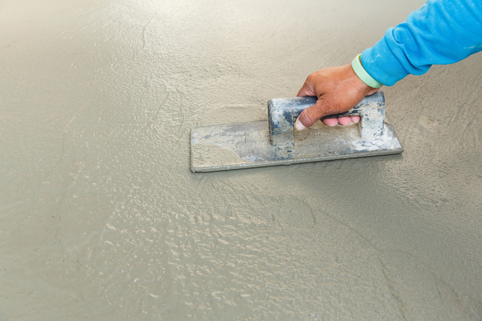 Concrete that can still be shaped with a float is obviously too wet to build on, but what about concrete that has been curing for 30 days or more? To test this concrete, you'll need an RH meter with an in-situ probe.