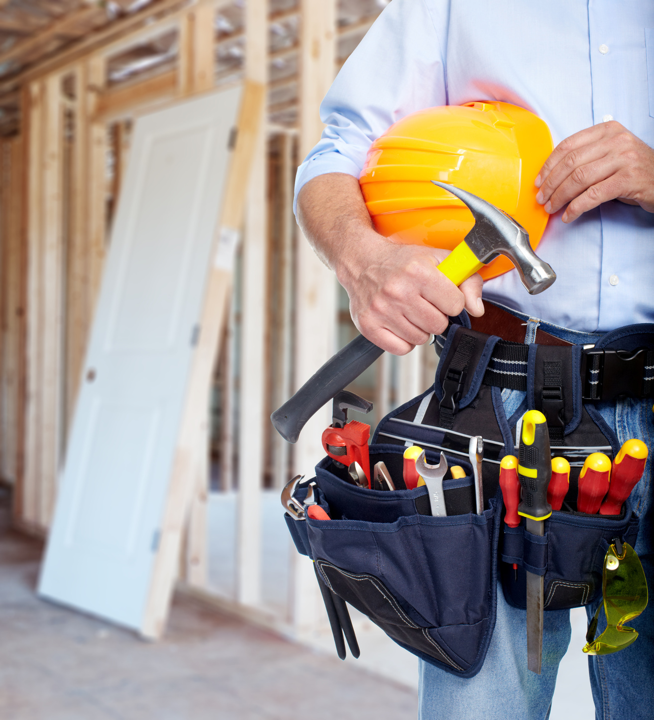 Woodworkers, contractors, and other professionals have a lot of different tools that they need for the job. Lighten your tool belt by using a composite device for measuring moisture instead of two or three specialty devices.