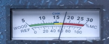Reference scale to read moisture